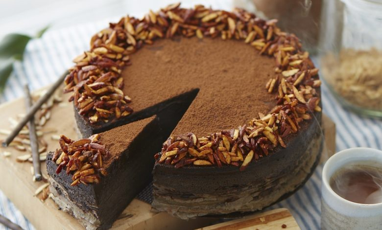 Know The Benefits Of Online Cakes Shop & It's Services!!!