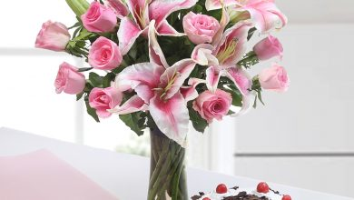 Photo of Two to Tango, Flowers & Cake – The Best Combo
