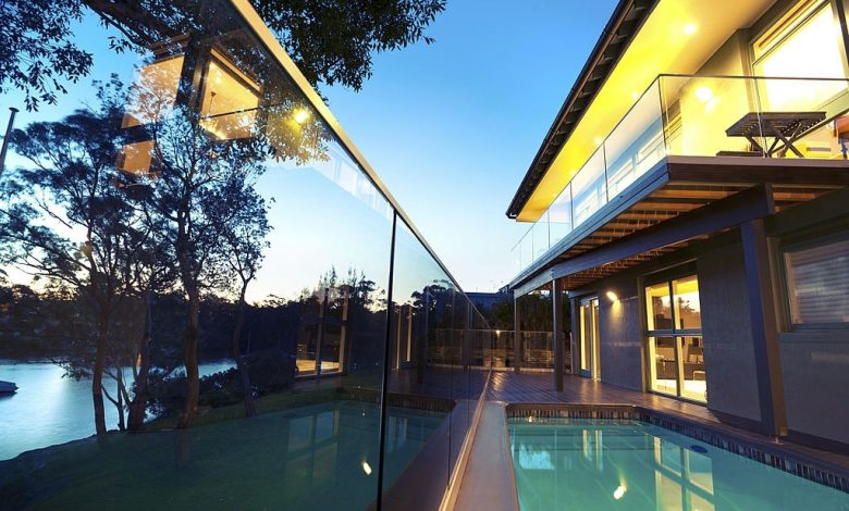 glass-pool-fencing-in-central-coast